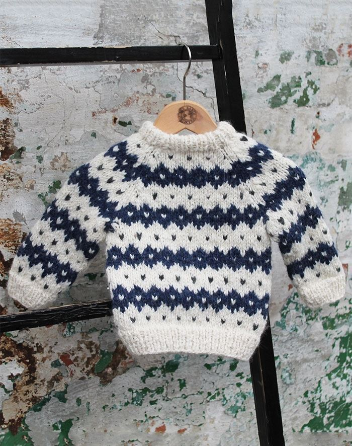 Image of   Fjeld sweater baby strikkekit