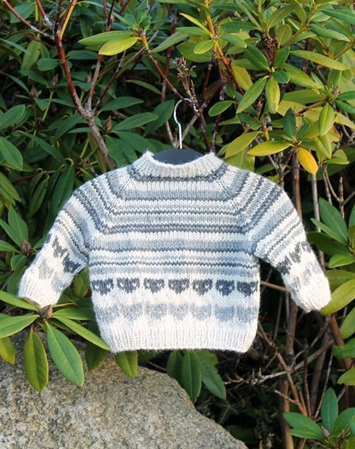 baby strik sweater med katte strikkekit
