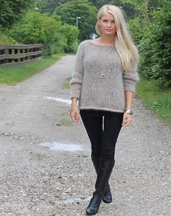 Strikkeopskrift gråmus sweater